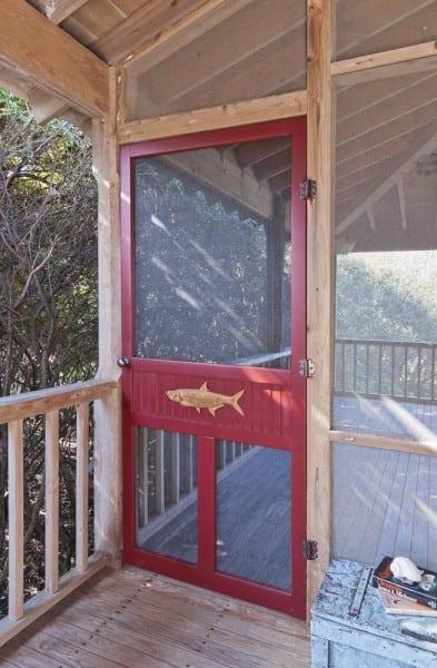 Medallion Wood Screen Door & Accessories