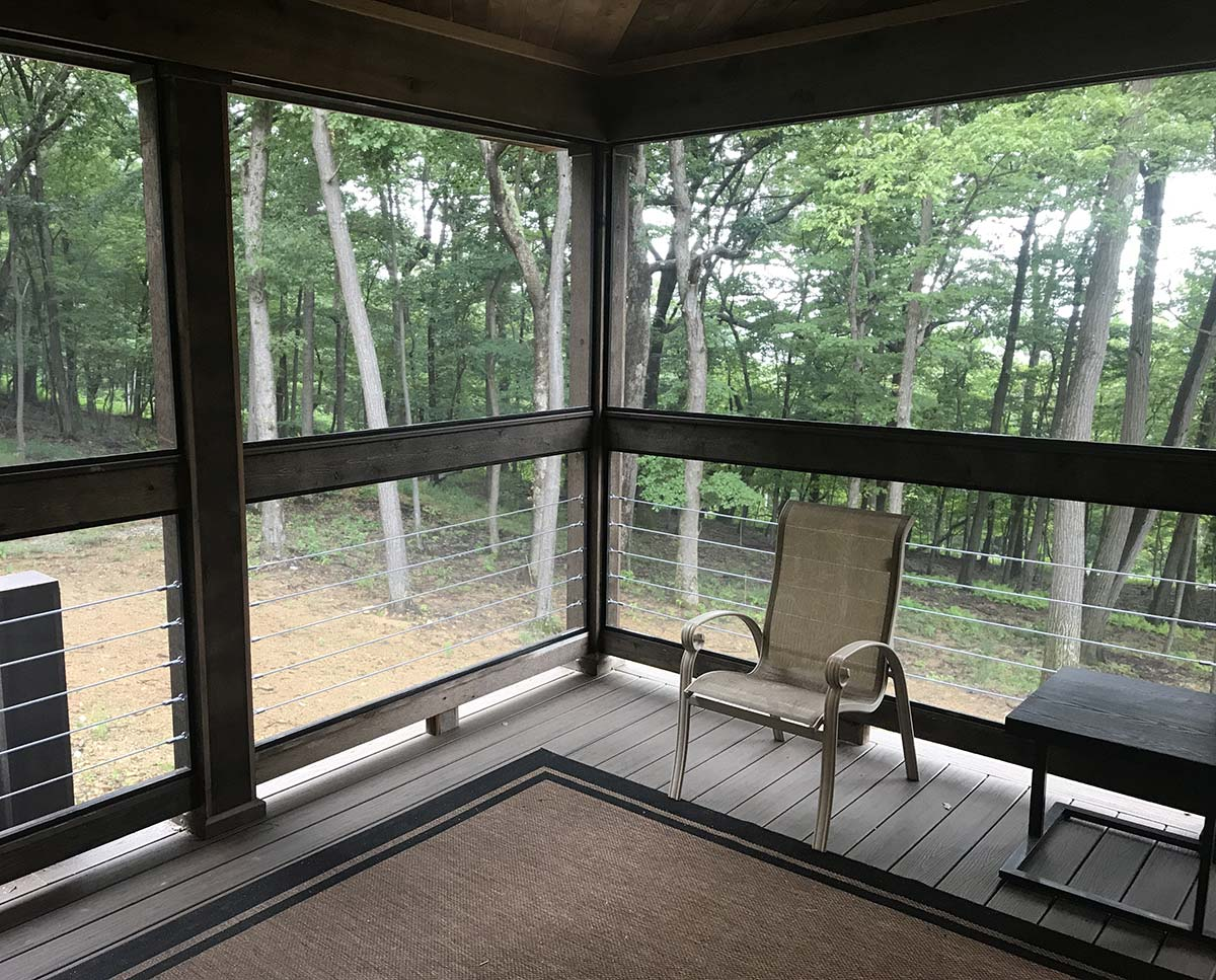 Screen Porch With Cable Rail