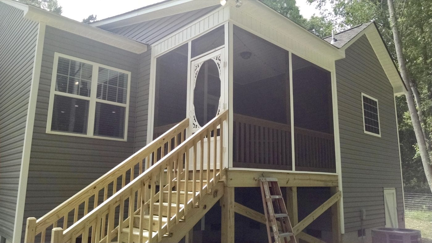 Two Sided Screen Porch with Springview Screen Door